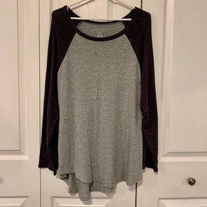 Grey Raglan long sleeve - size XL